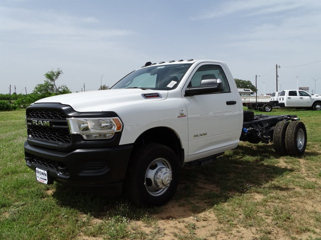 2019 Ram 3500 Regular Cab DRW 4x2,  Cab Chassis #D16656 - photo 7