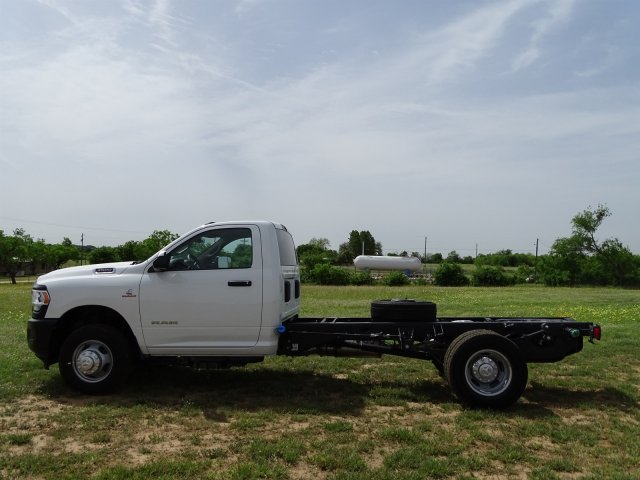 2019 Ram 3500 Regular Cab DRW 4x2,  Cab Chassis #D16656 - photo 5