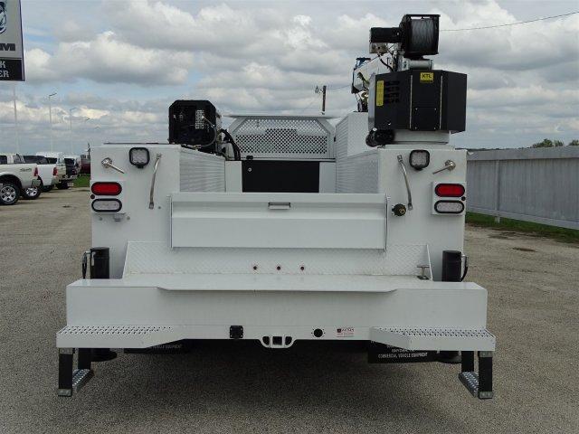 2017 Ram 5500 Regular Cab DRW 4x4,  Crane Body #HG664568 - photo 7
