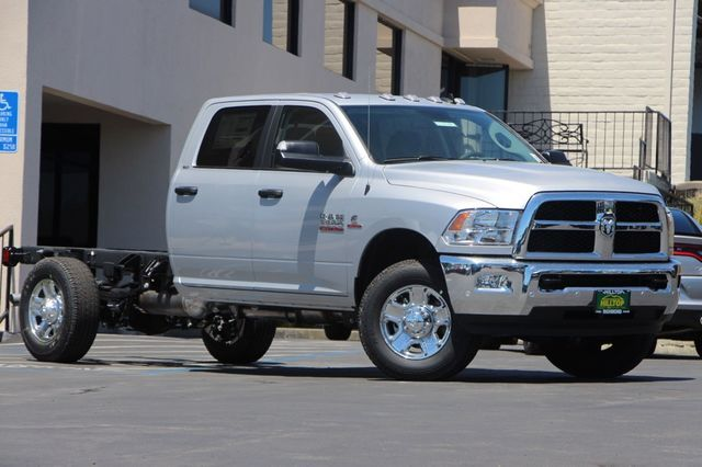 2017 Ram 3500 Crew Cab 4x4, Cab Chassis #D7434 - photo 3