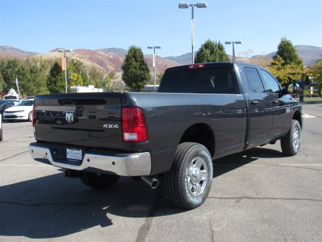 2017 Ram 3500 Crew Cab 4x4, Pickup #83091 - photo 2