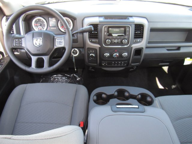 2017 Ram 3500 Crew Cab 4x4, Pickup #83091 - photo 13