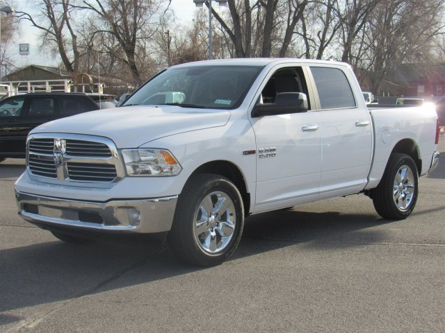2017 Ram 1500 Crew Cab 4x4, Pickup #83153 - photo 5
