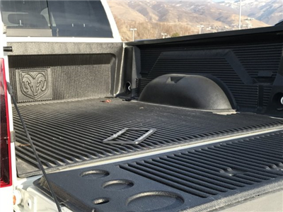 2017 Ram 3500 Crew Cab 4x4, Pickup #83173 - photo 3