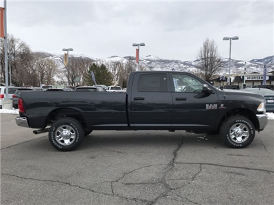 2018 Ram 3500 Crew Cab 4x4, Pickup #92319 - photo 3