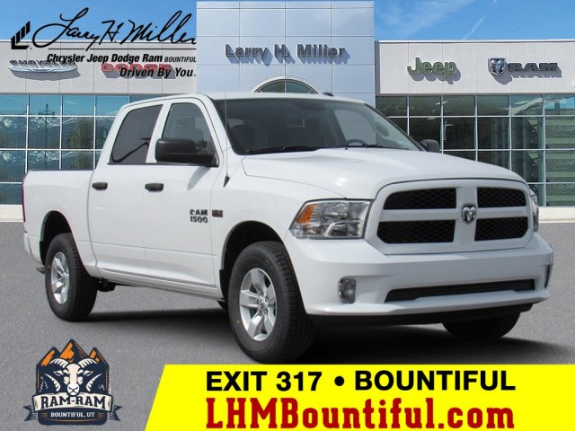 2018 Ram 1500 Crew Cab 4x4,  Pickup #92427 - photo 1