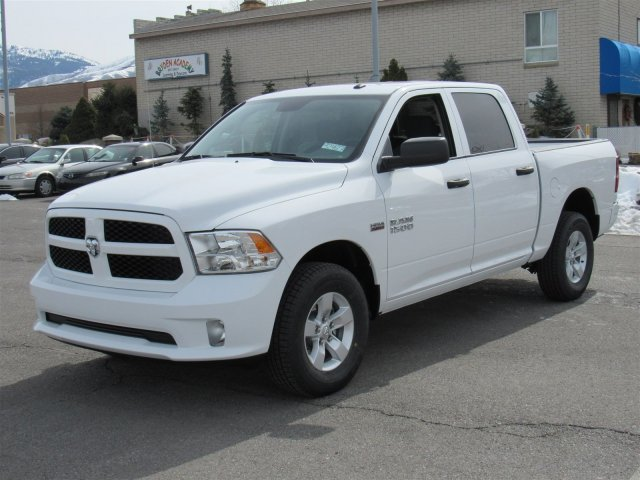 2018 Ram 1500 Crew Cab 4x4,  Pickup #92427 - photo 5