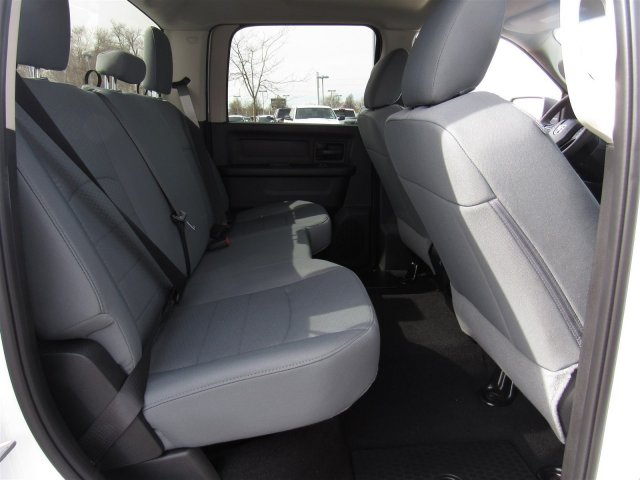 2018 Ram 1500 Crew Cab 4x4,  Pickup #92427 - photo 8