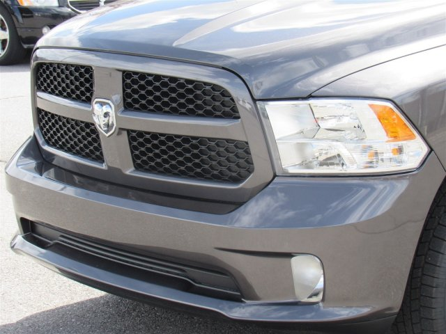 2018 Ram 1500 Crew Cab 4x4,  Pickup #92433 - photo 6