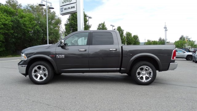 2018 Ram 1500 Crew Cab 4x4,  Pickup #92704 - photo 3