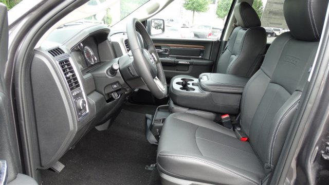 2018 Ram 1500 Crew Cab 4x4,  Pickup #92704 - photo 12
