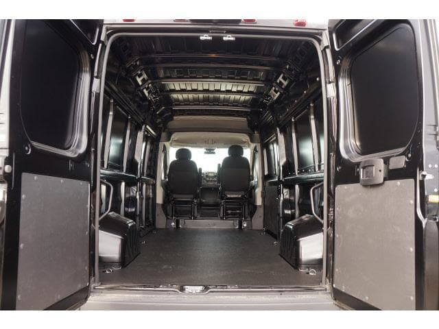 2017 ProMaster 2500 High Roof Cargo Van #HE522707 - photo 9