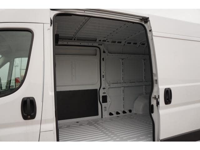 2018 ProMaster 2500 High Roof FWD,  Empty Cargo Van #JE119810 - photo 13