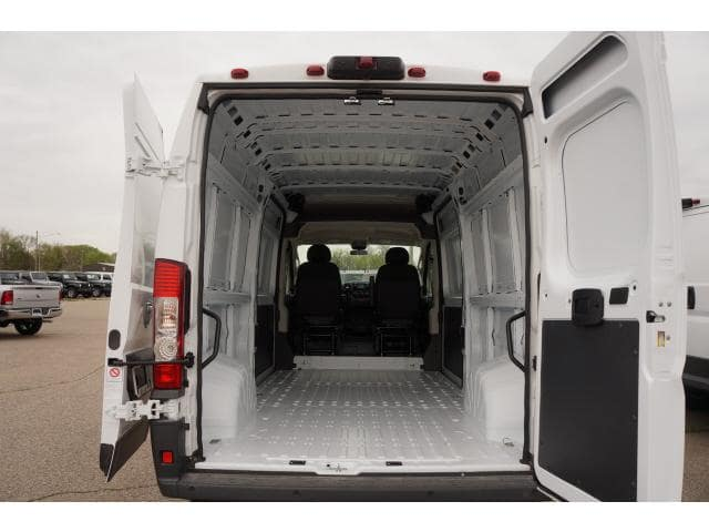 2018 ProMaster 2500 High Roof FWD,  Empty Cargo Van #JE119810 - photo 2