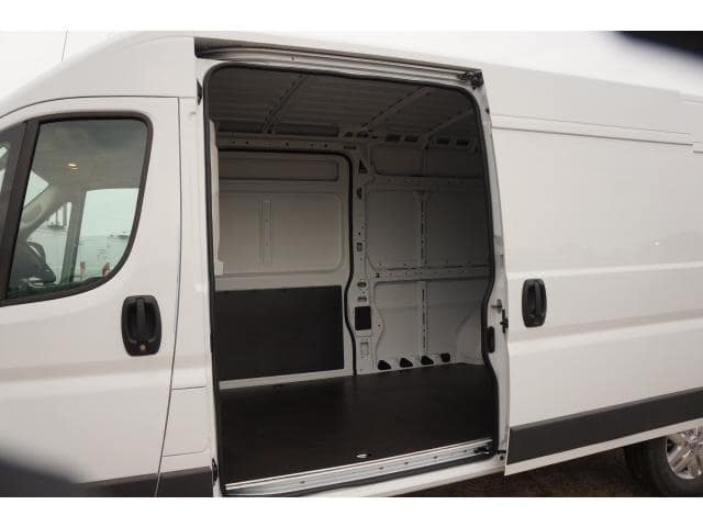 2018 ProMaster 2500 High Roof FWD,  Empty Cargo Van #JE131516 - photo 15