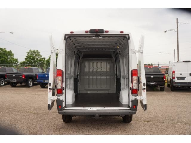2018 ProMaster 2500 High Roof FWD,  Empty Cargo Van #JE131516 - photo 2
