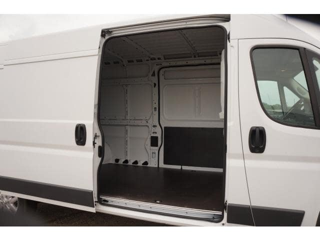 2018 ProMaster 2500 High Roof FWD,  Empty Cargo Van #JE131516 - photo 18