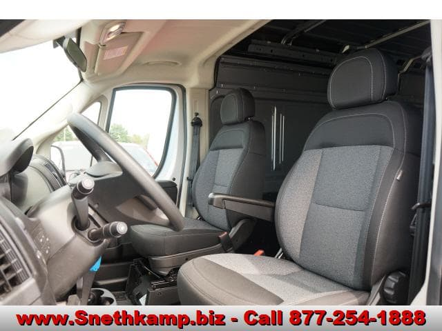 2018 ProMaster 1500 High Roof FWD,  Empty Cargo Van #JE135157 - photo 3