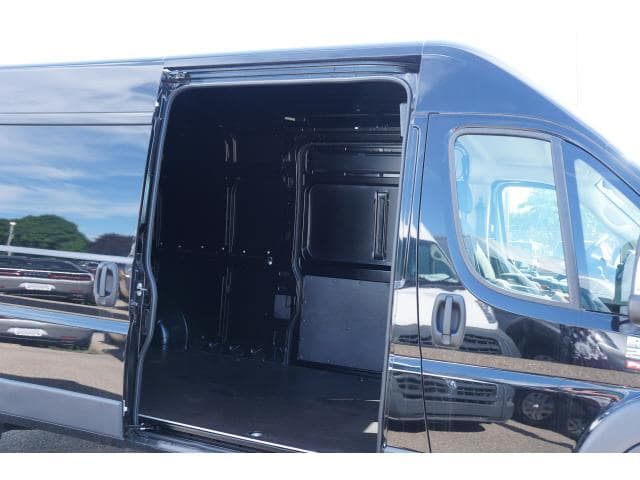 2018 ProMaster 2500 High Roof FWD,  Empty Cargo Van #JE139216 - photo 16