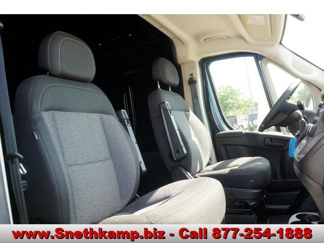 2018 ProMaster 2500 High Roof FWD,  Empty Cargo Van #JE139216 - photo 5