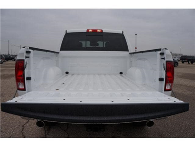 2018 Ram 1500 Crew Cab 4x4, Pickup #JG154522 - photo 17