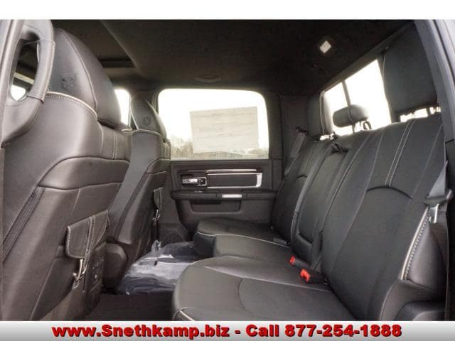 2018 Ram 2500 Crew Cab 4x4, Pickup #JG157059 - photo 5