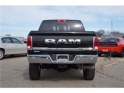2018 Ram 2500 Crew Cab 4x4, Pickup #JG157059 - photo 2