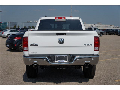 2018 Ram 1500 Crew Cab 4x4 Pickup #JS109233 - photo 2