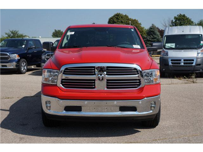 2018 Ram 1500 Crew Cab 4x4 Pickup #JS109236 - photo 16