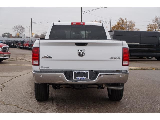 2018 Ram 1500 Crew Cab 4x4, Pickup #JS121694 - photo 2