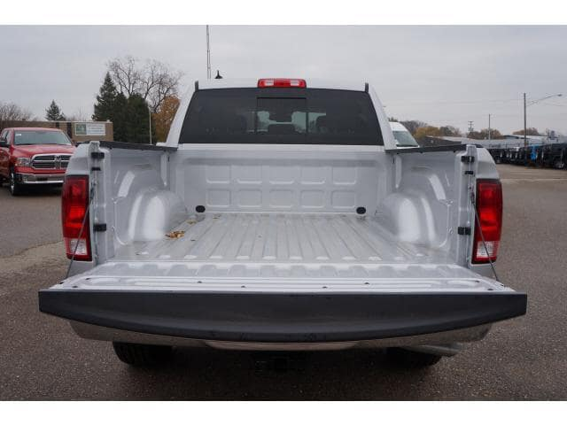 2018 Ram 1500 Crew Cab 4x4, Pickup #JS124596 - photo 14