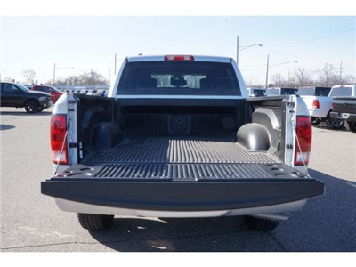 2018 Ram 1500 Crew Cab 4x4,  Pickup #JS220646 - photo 14