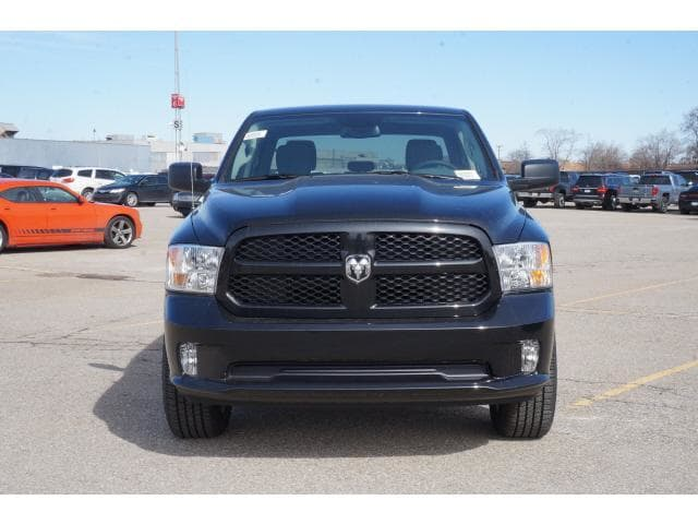 2018 Ram 1500 Crew Cab 4x4, Pickup #JS220648 - photo 13