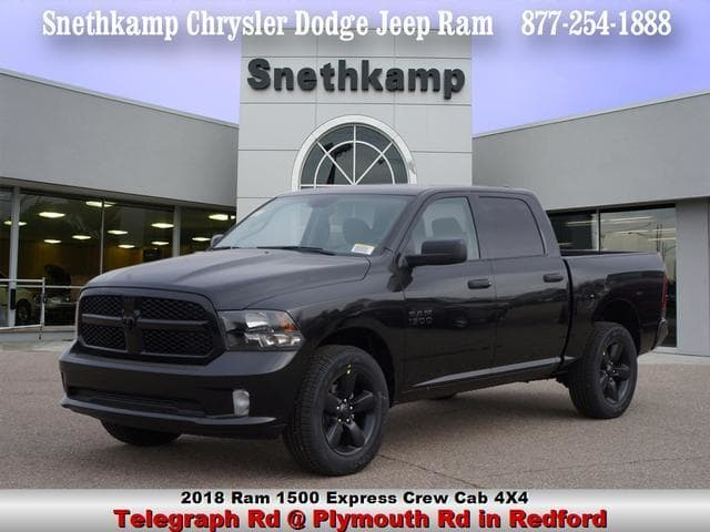 2018 Ram 1500 Crew Cab 4x4, Pickup #JS255956 - photo 1