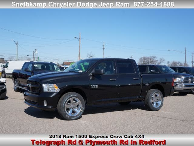 2018 Ram 1500 Crew Cab 4x4, Pickup #JS257943 - photo 1