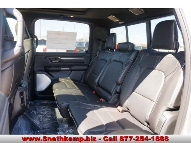 2019 Ram 1500 Crew Cab 4x4,  Pickup #KN503347 - photo 5
