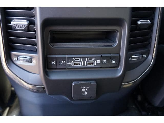 2019 Ram 1500 Crew Cab 4x4,  Pickup #KN503347 - photo 9