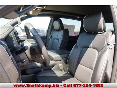 2019 Ram 1500 Crew Cab 4x4,  Pickup #KN503347 - photo 3