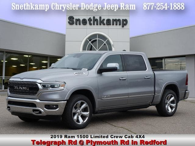 2019 Ram 1500 Crew Cab 4x4,  Pickup #KN503387 - photo 1