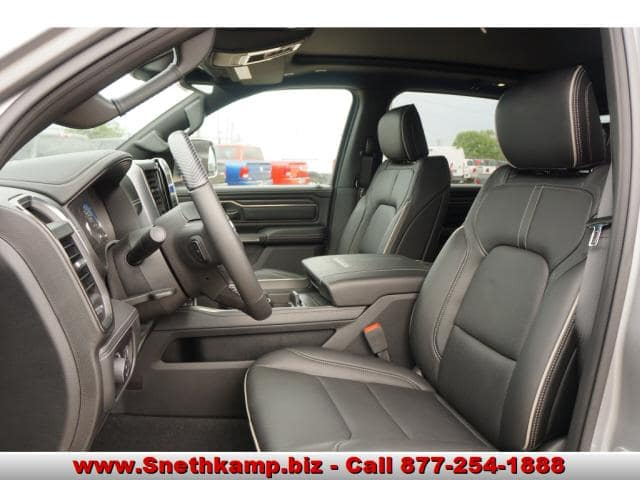 2019 Ram 1500 Crew Cab 4x4,  Pickup #KN503387 - photo 3