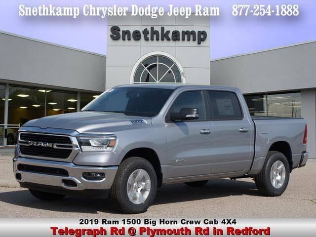 2019 Ram 1500 Crew Cab 4x4,  Pickup #KN510220 - photo 1