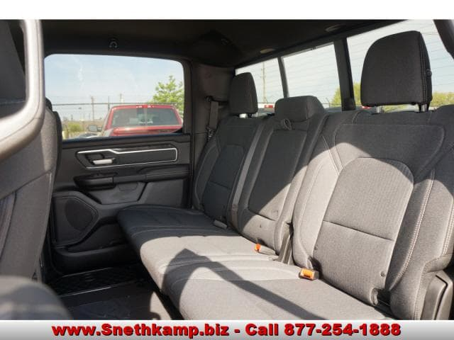 2019 Ram 1500 Crew Cab 4x4,  Pickup #KN510220 - photo 5