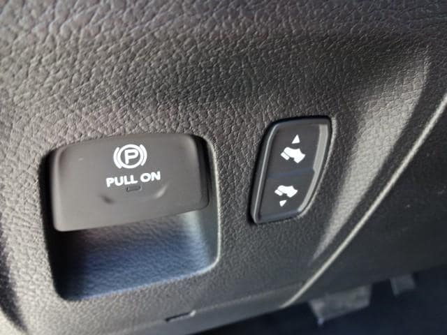 2019 Ram 1500 Crew Cab 4x4,  Pickup #KN545233 - photo 13
