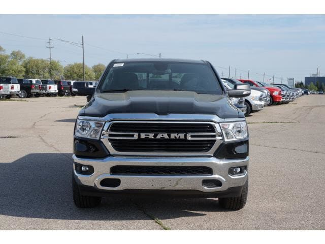 2019 Ram 1500 Crew Cab 4x4,  Pickup #KN554673 - photo 17