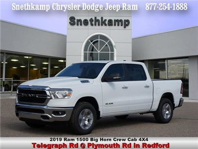 2019 Ram 1500 Crew Cab 4x4,  Pickup #KN556633 - photo 1