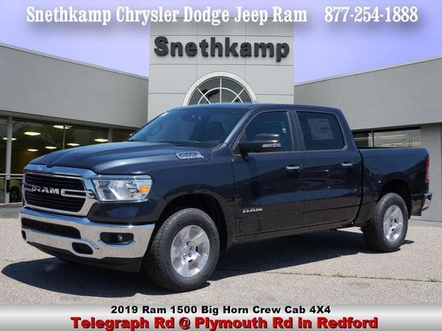 2019 Ram 1500 Crew Cab 4x4,  Pickup #KN556638 - photo 1