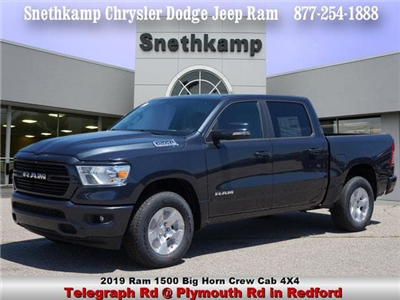 2019 Ram 1500 Crew Cab 4x4,  Pickup #KN556808 - photo 1