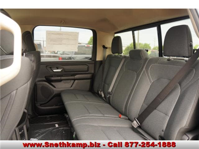 2019 Ram 1500 Crew Cab 4x4,  Pickup #KN559540 - photo 5
