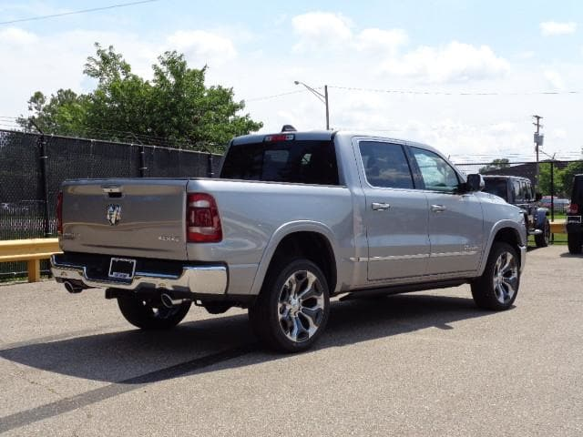 2019 Ram 1500 Crew Cab 4x4,  Pickup #KN594465 - photo 4