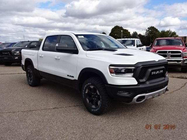 2019 Ram 1500 Crew Cab 4x4,  Pickup #KN603510 - photo 3